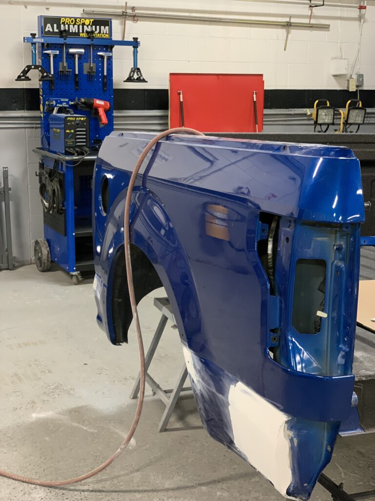aluminum repair iag collision centre